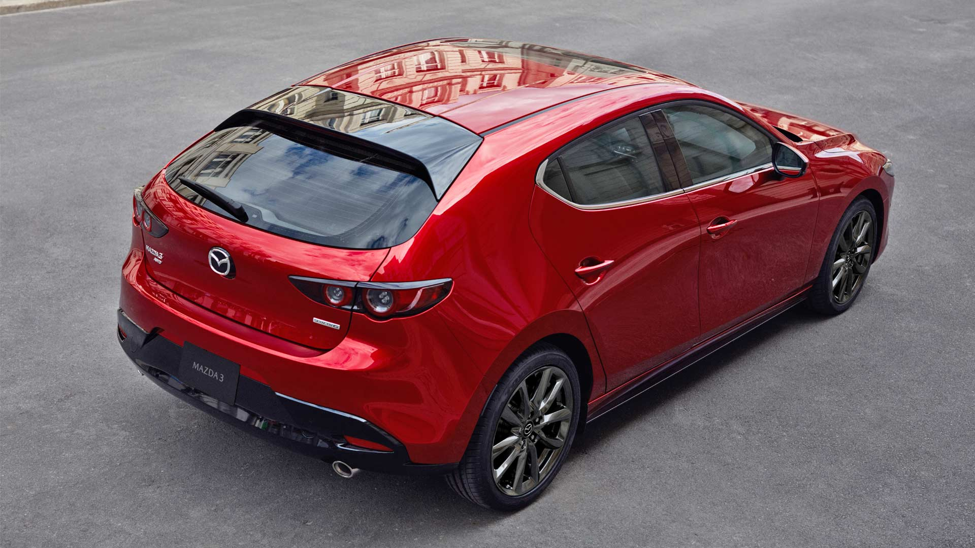 2019-Mazda-3-Hatchback_4