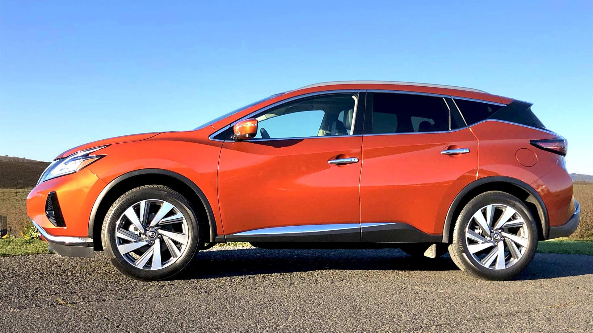 2019-Nissan-Murano-in-Sunset-Drift