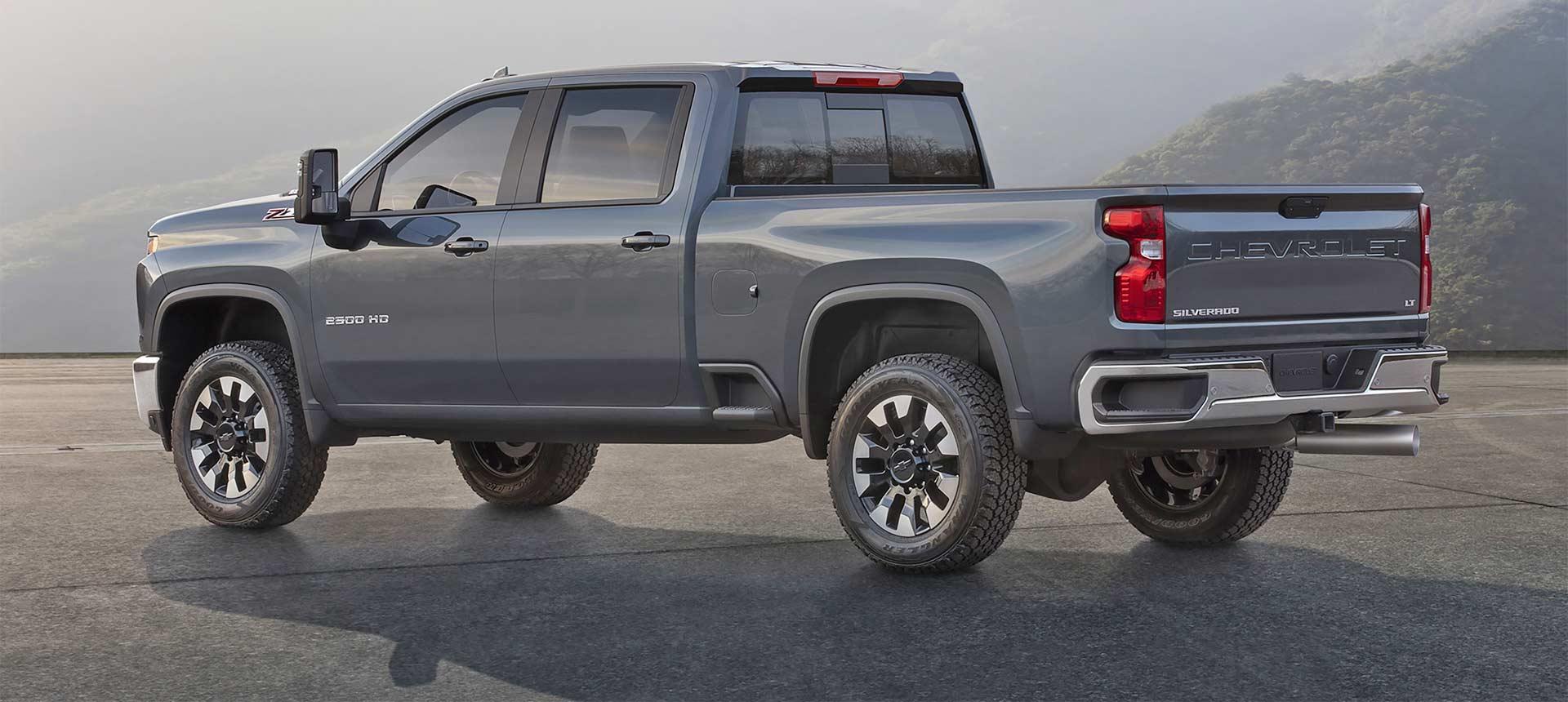 2020-Chevrolet-Silverado-HD_2