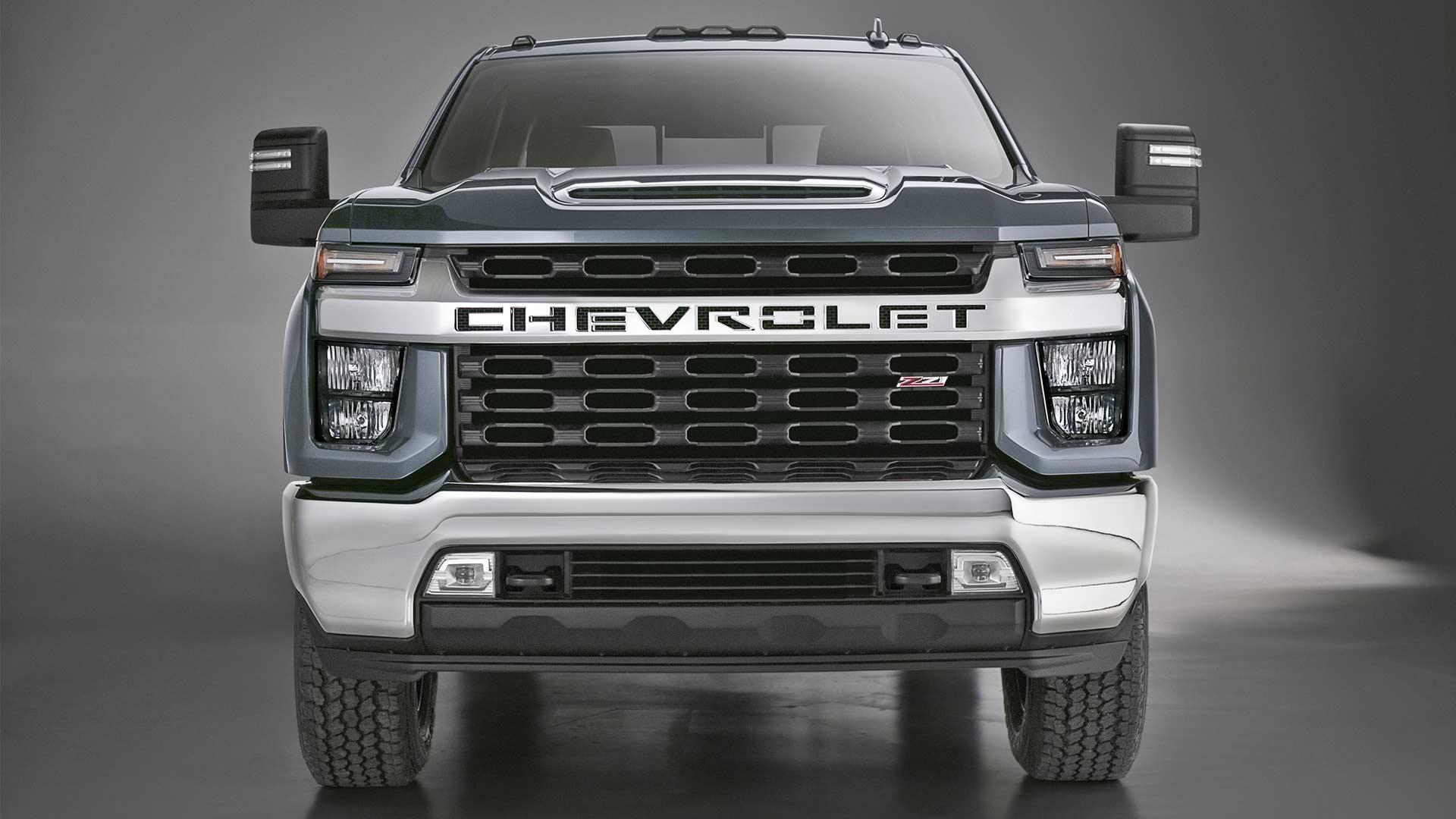 2020-Chevrolet-Silverado-HD_3