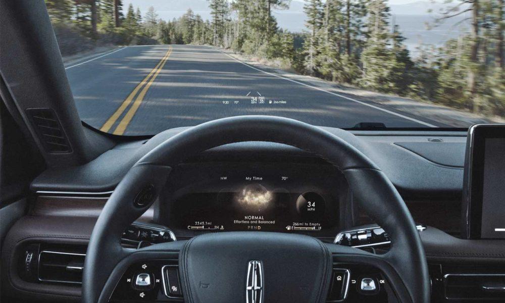 2020-Lincoln-Aviator-Interior_2