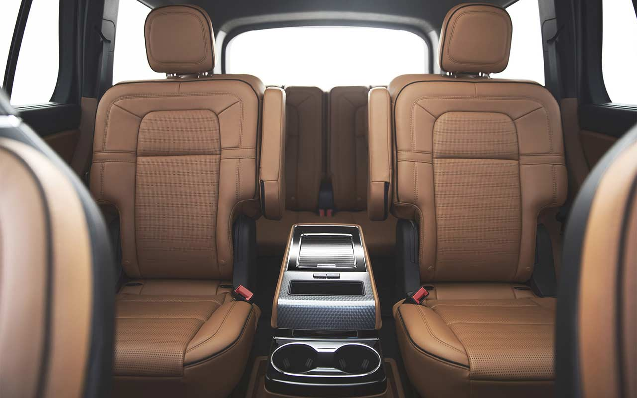 2020-Lincoln-Aviator-Interior_5