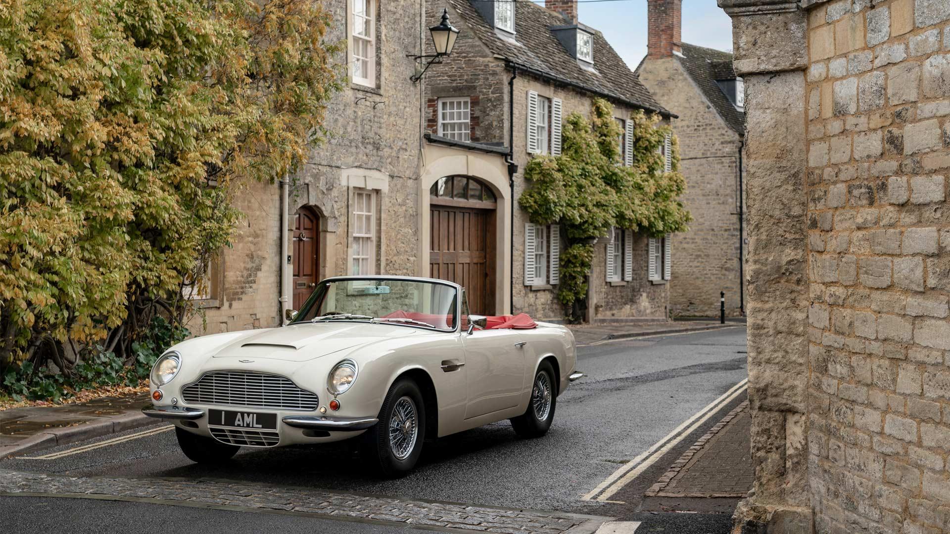 Aston-Martin-1970 DB6 MkII Volante-EV-Conversion_5