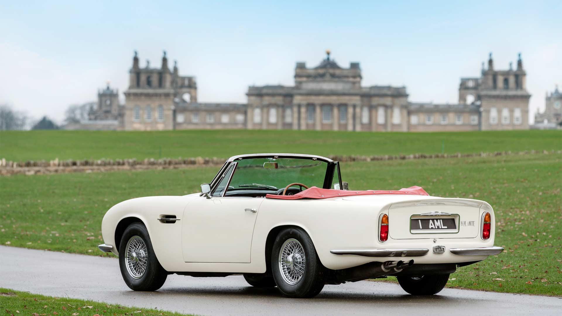 Aston-Martin-1970 DB6 MkII Volante-EV-Conversion_6