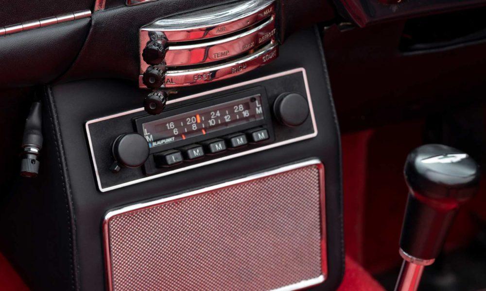 Aston-Martin-1970 DB6 MkII Volante-Interior-EV-Conversion_3