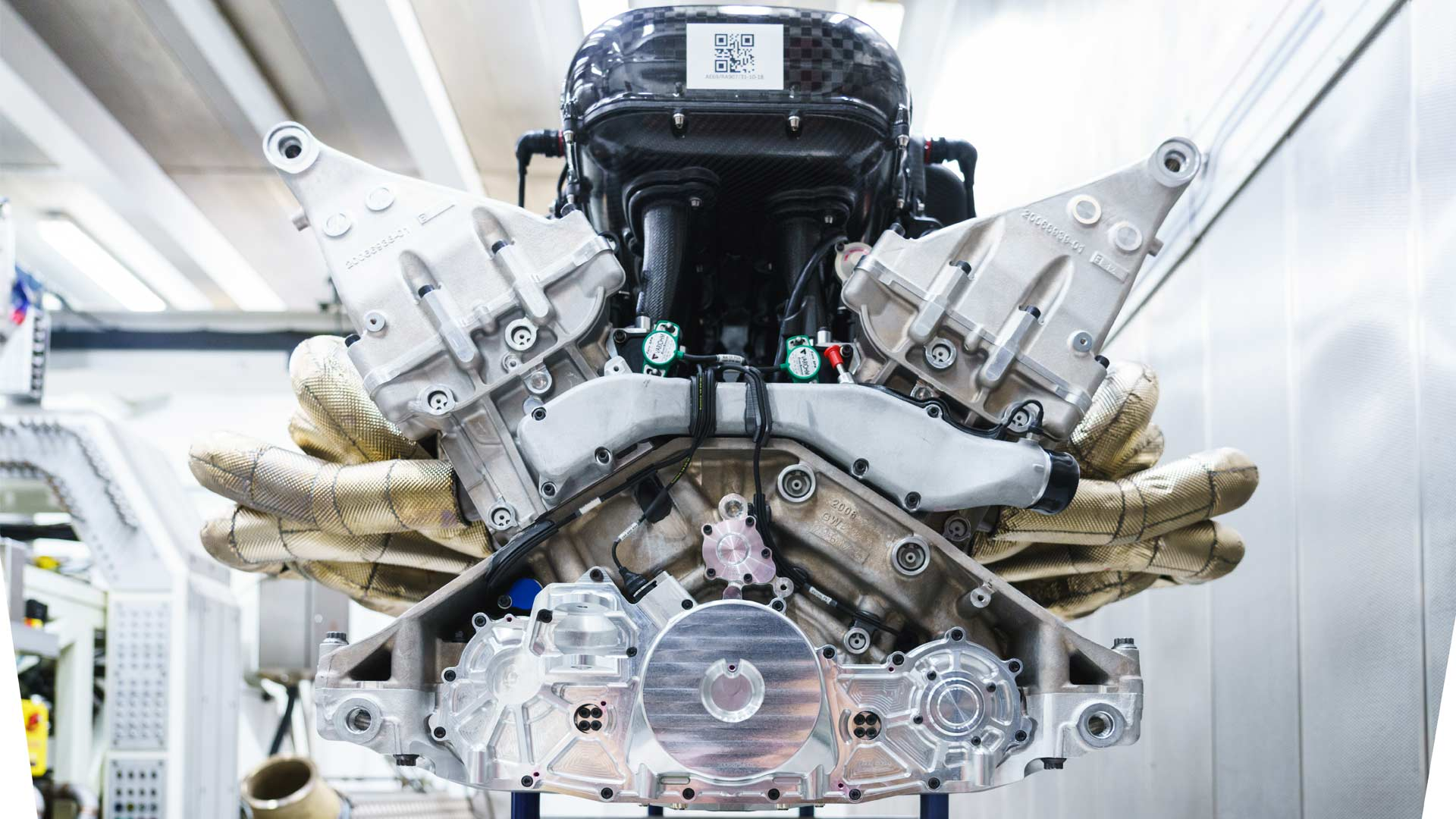 Aston-Martin-Valkyrie-V12-Engine-Cosworth_2
