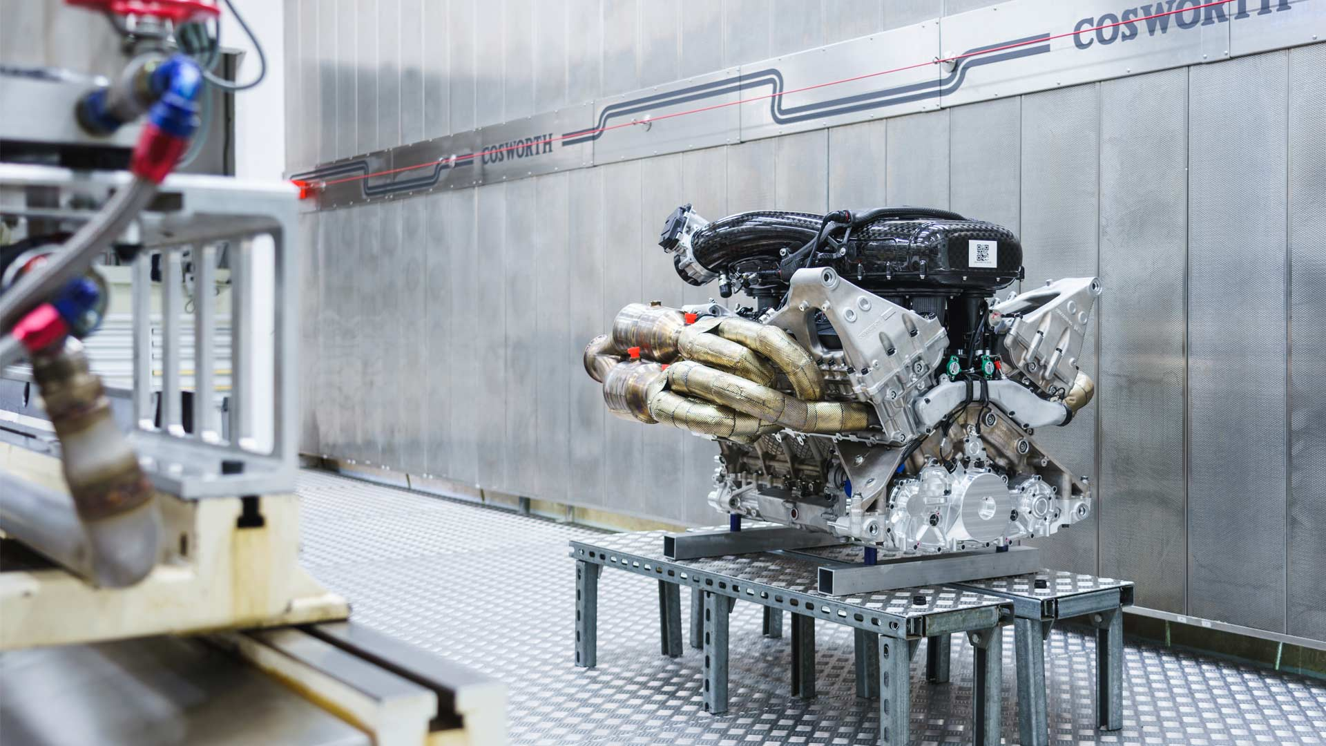 Aston-Martin-Valkyrie-V12-Engine-Cosworth_7