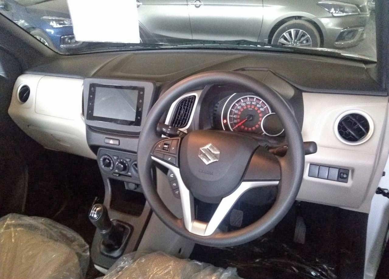 2019-Maruti-Suzuki-Wagon-R-Interior-spy-shot