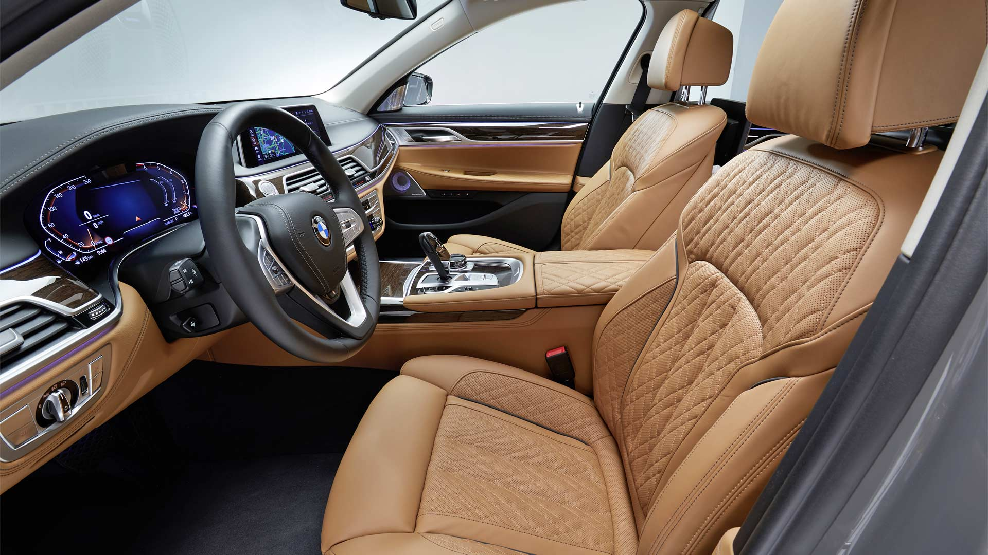 New Bmw 7 Series Debuts With A Large Grin Autodevot