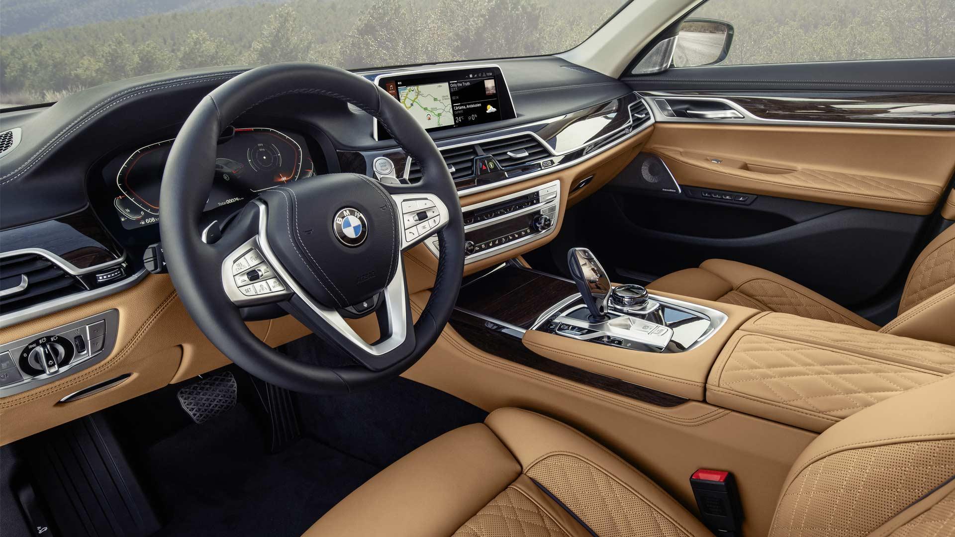 2020-BMW-7-Series-Interior_2