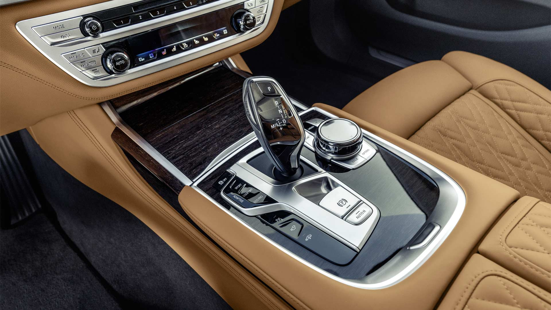 2020-BMW-7-Series-Interior_3