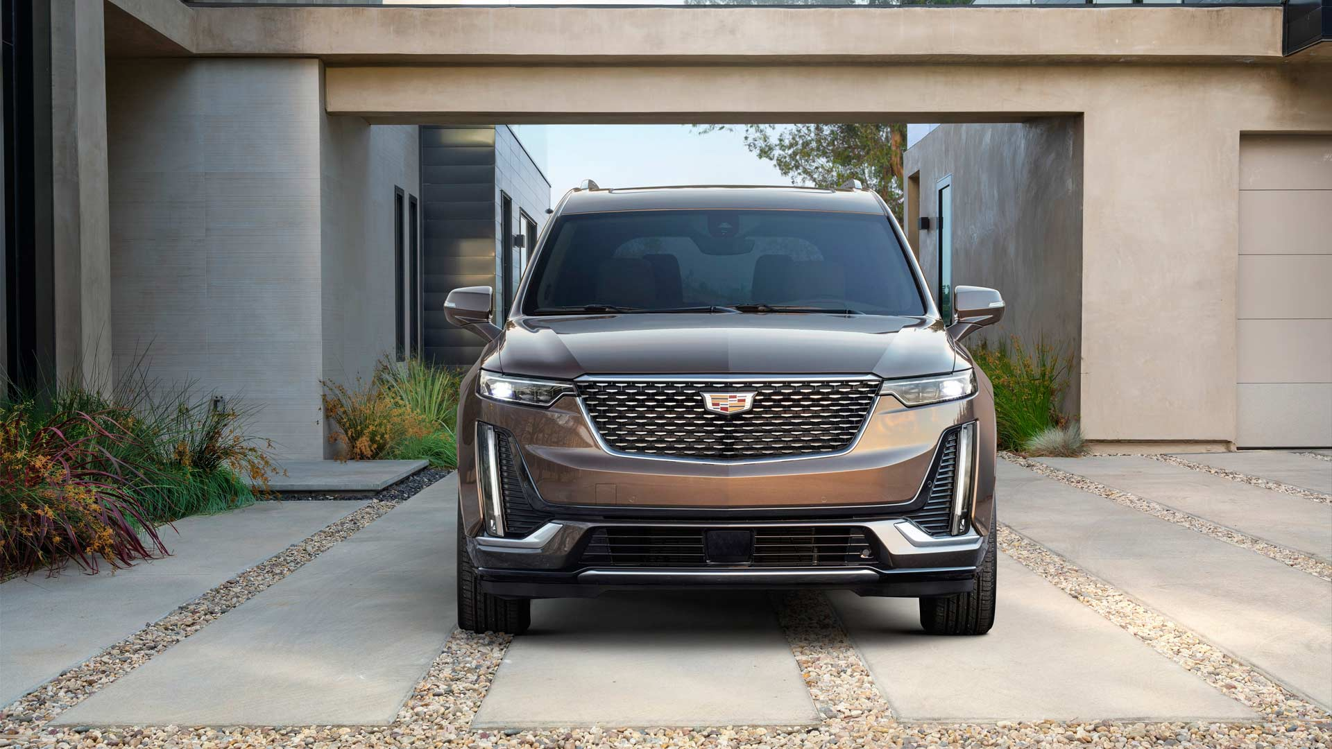 2020-Cadillac-XT6-Luxury