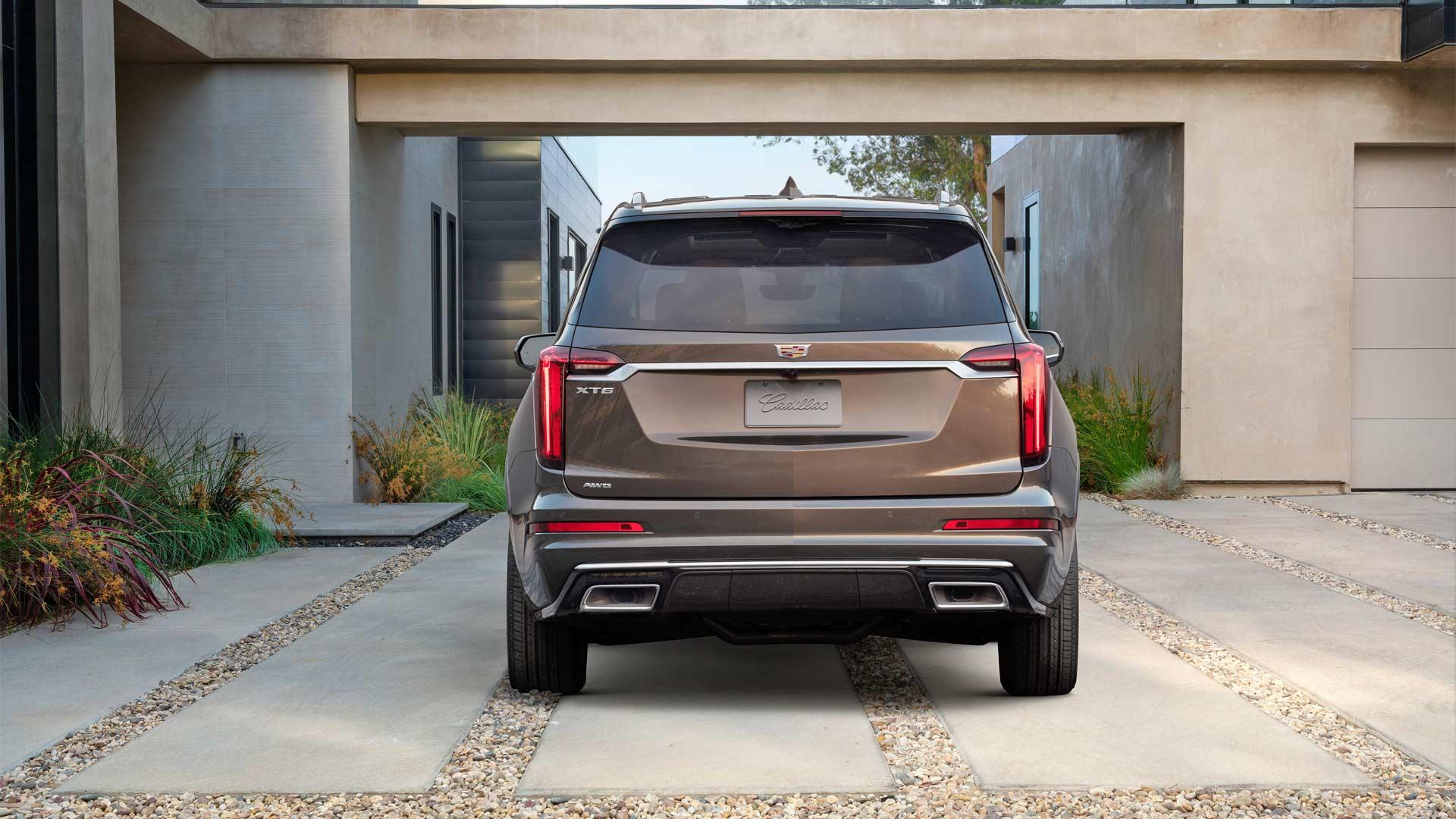 2020-Cadillac-XT6-Luxury_2