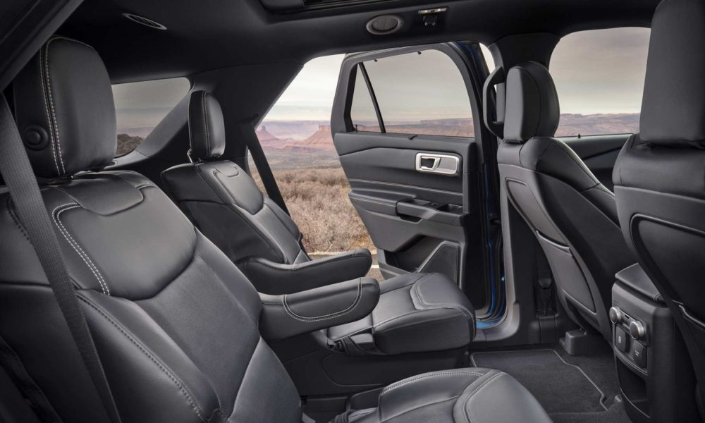 2020-Ford-Explorer-Interior_4