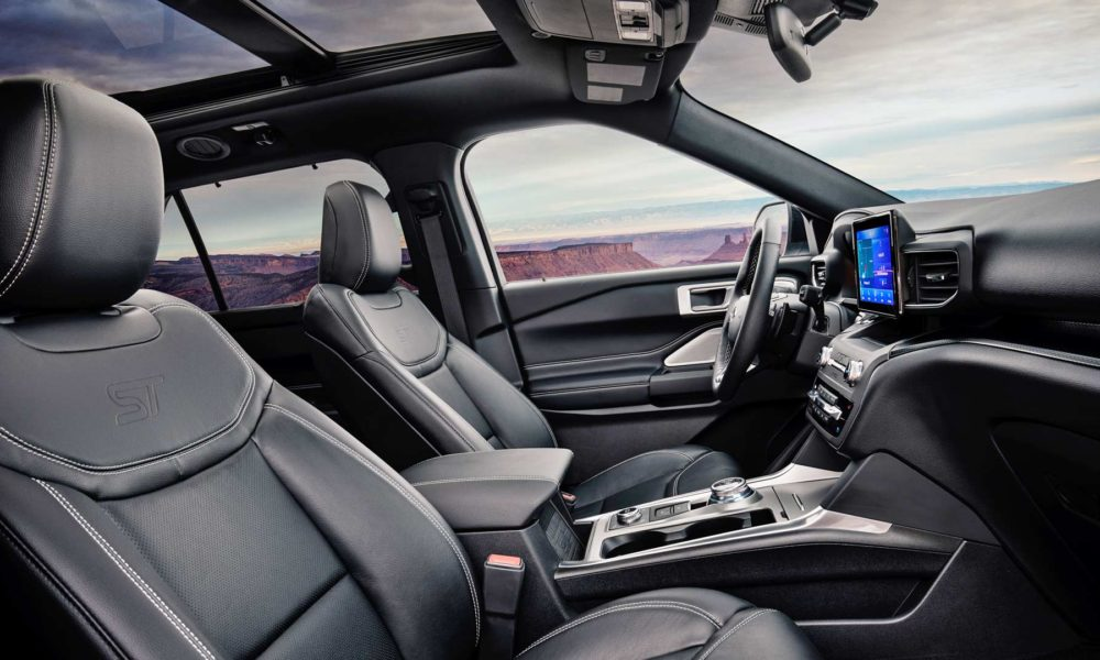 2020-Ford-Explorer-ST-Interior_2