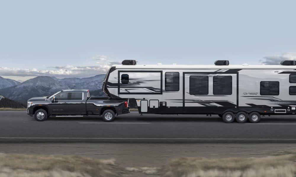 2020-GMC-Sierra-3500-HD-Denali