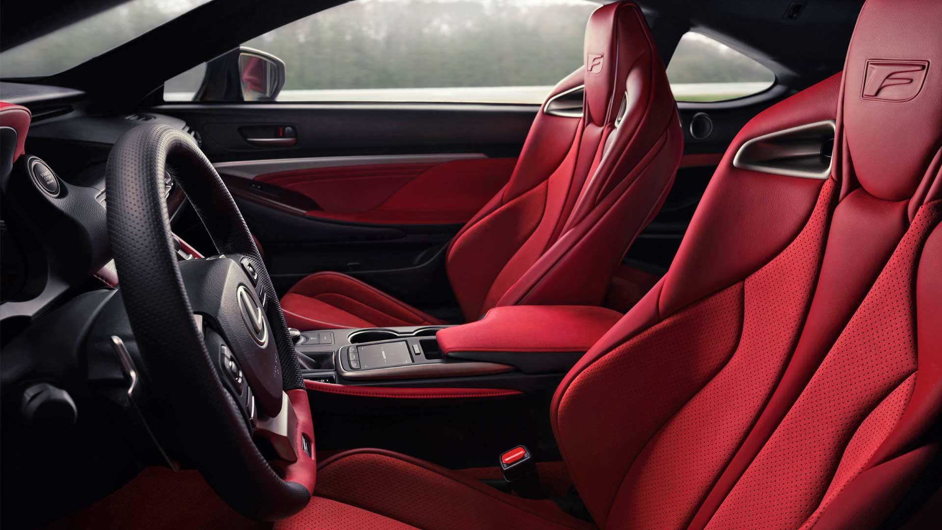 2020-Lexus-RC-F-Track-Edition-Interior_3