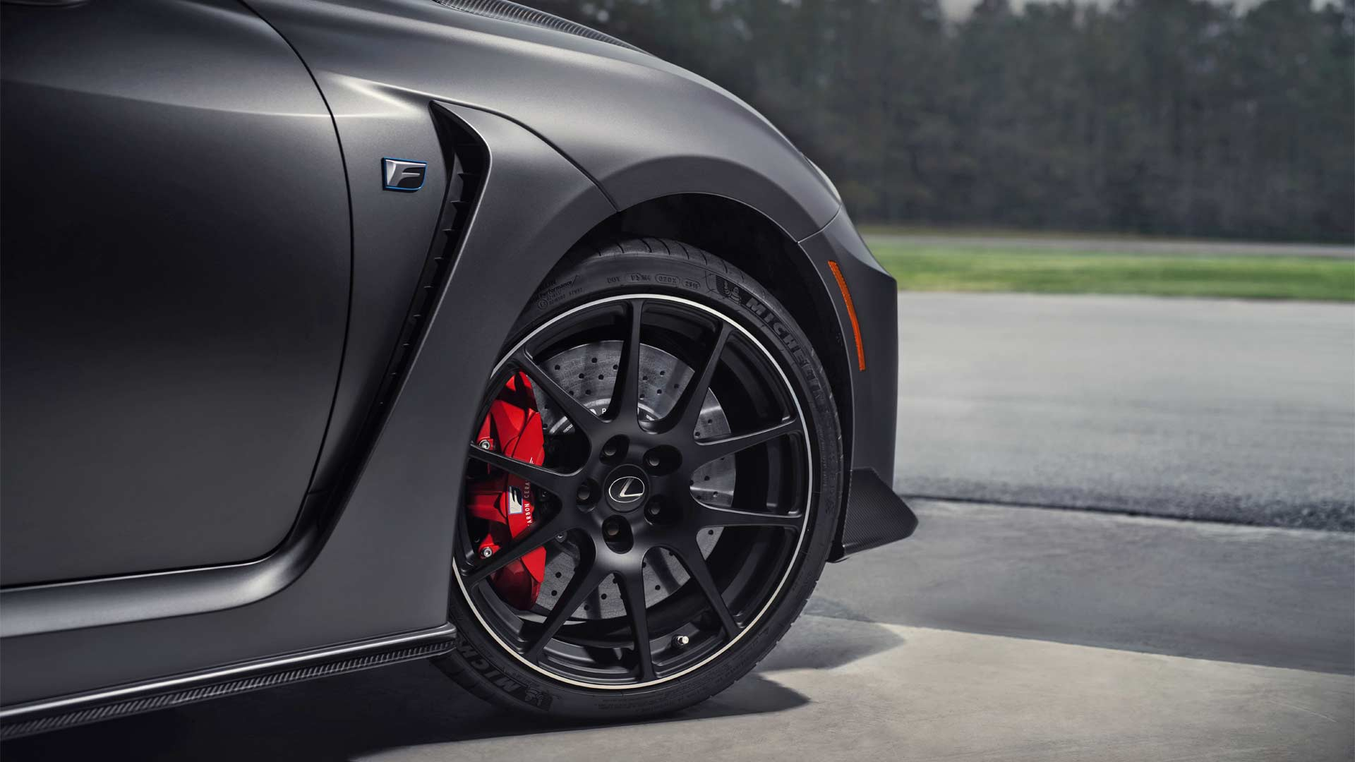 2020-Lexus-RC-F-Track-Edition_5