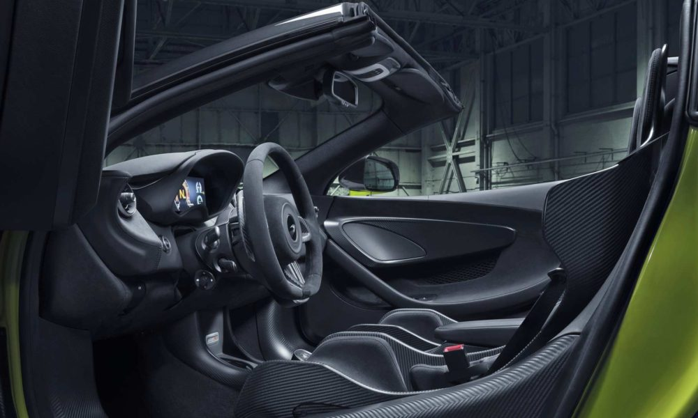 McLaren-600LT-Spider-Interior_2