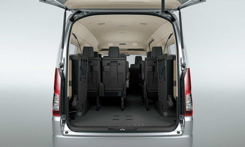 2019-6th-generation-Toyota-Hiace-Interior_5
