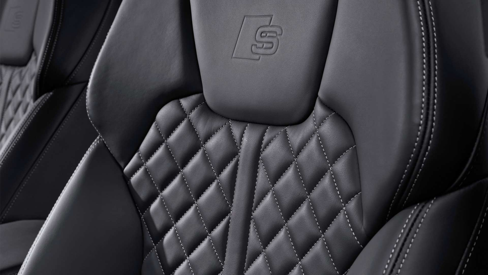 2019-Audi-SQ5-TDI-Interior_4