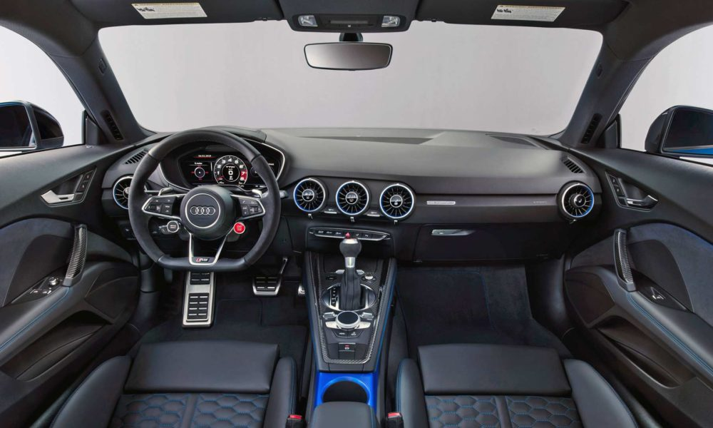 2019-Audi-TT-RS-Coupé-Interior