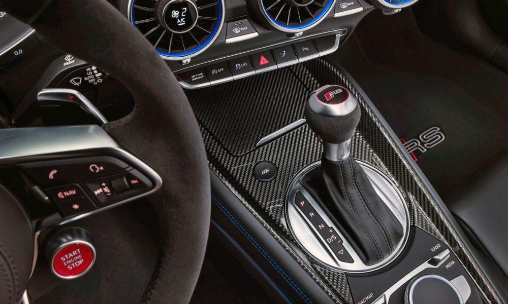 2019-Audi-TT-RS-Coupé-Interior_2