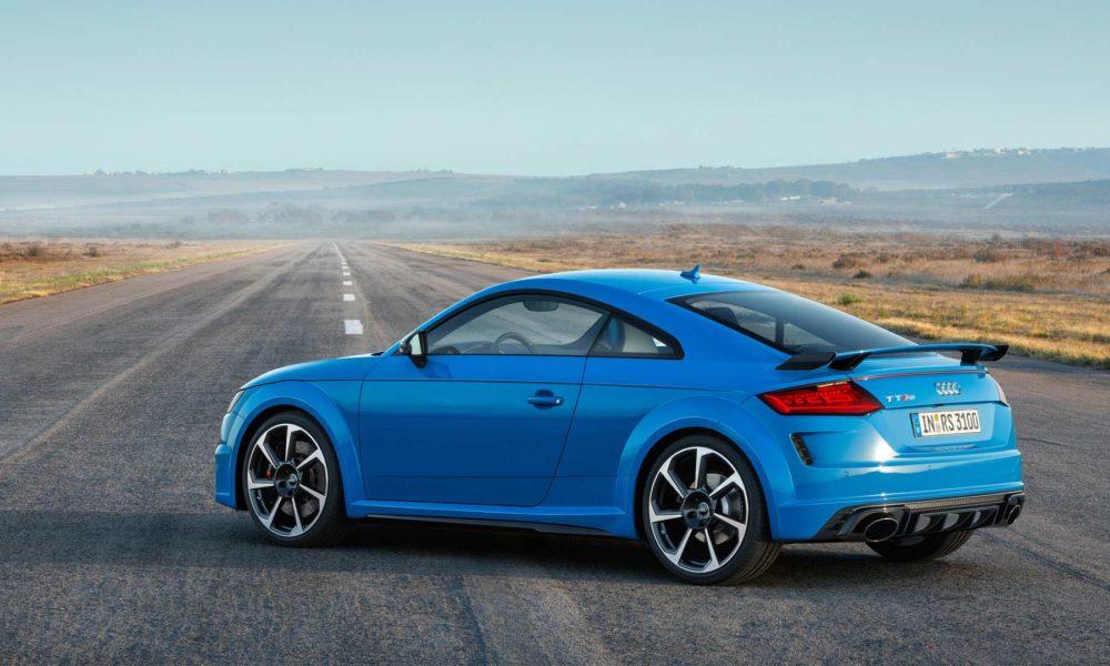 2019-Audi-TT-RS-Coupé_3