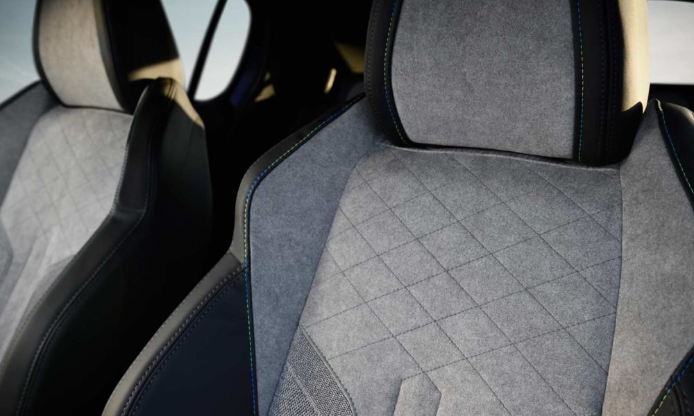 2019-Peugeot-208-Interior_3