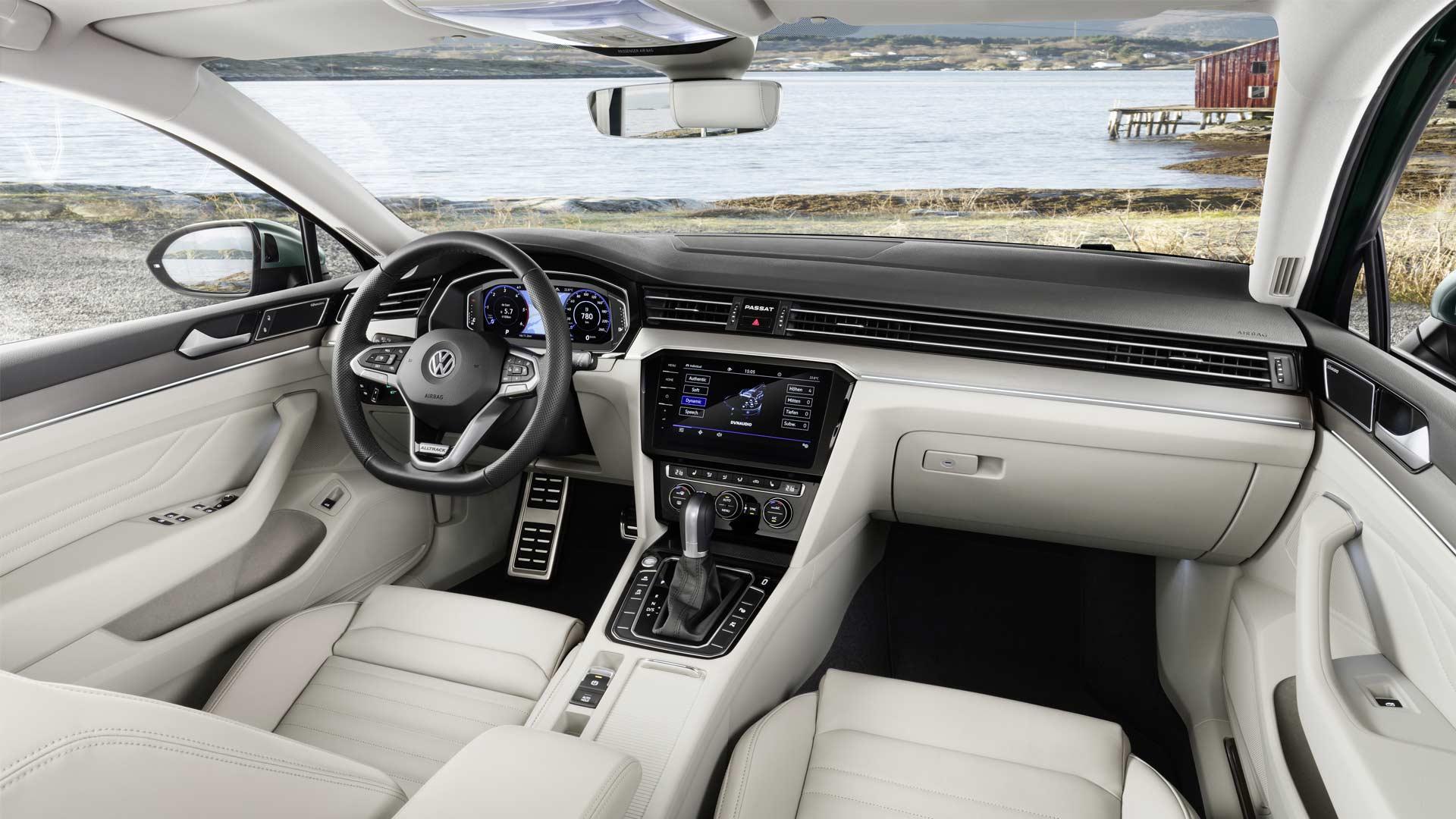 2019-Volkswagen-Passat-Alltrack-Interior