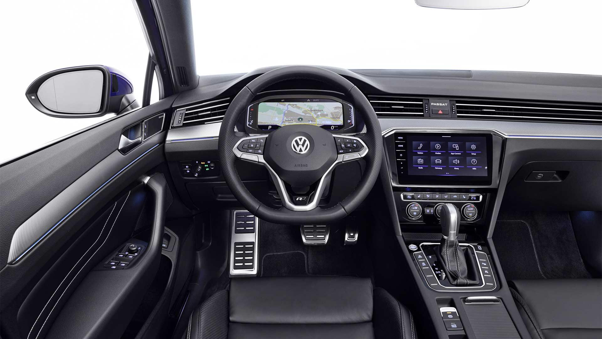 2019-Volkswagen-Passat-R-Line-Interior