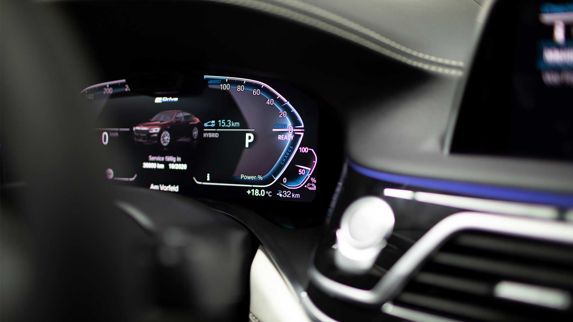 2020-BMW-745le-Plug-In-Hybrid-Interior-Instrument-Cluster