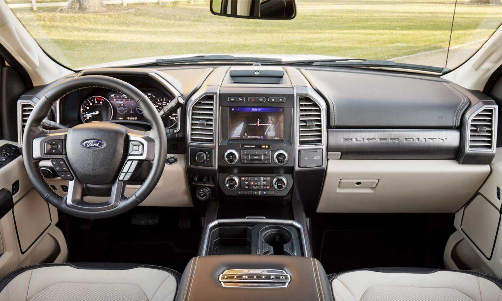 2020-Ford-F-450-Interior