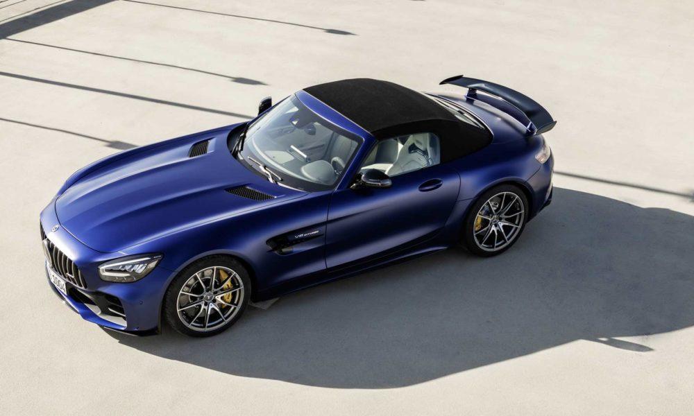 2019-Mercedes-AMG-GT-R-Roadster_3