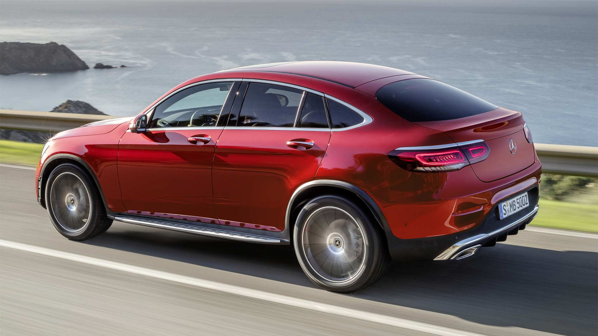 2020-Mercedes-Benz-GLC-Coupé_5