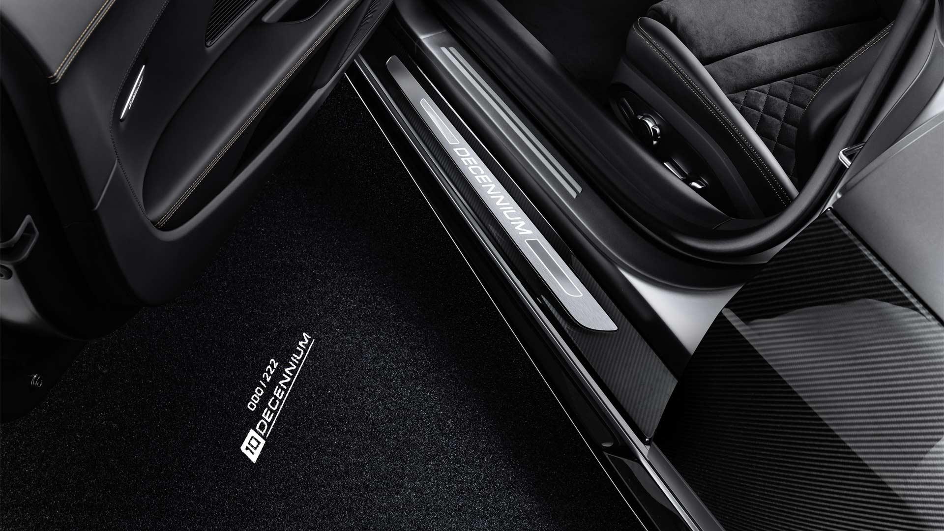 Audi-R8-V10-Decennium-Interior