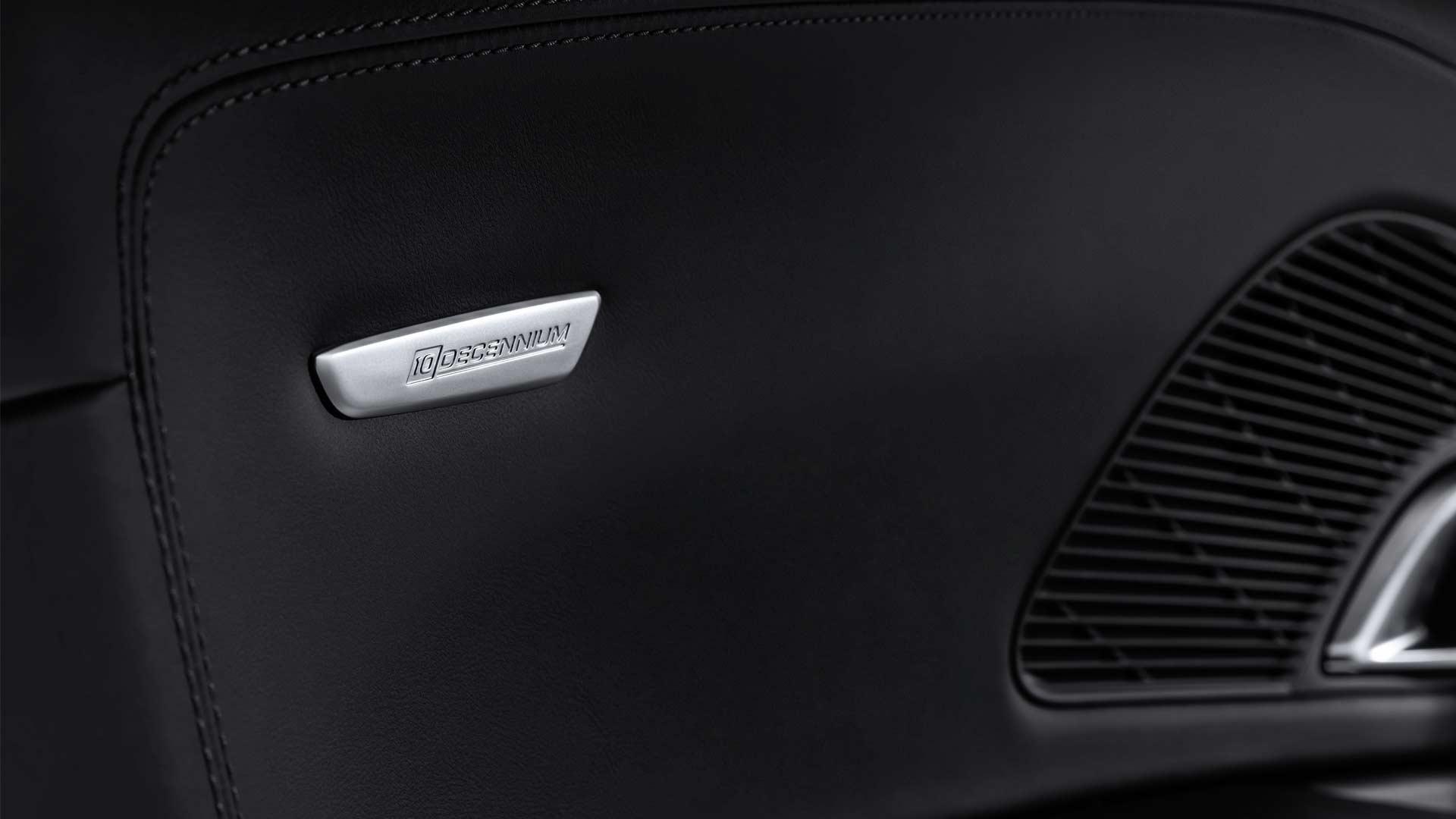 Audi-R8-V10-Decennium-Interior_2