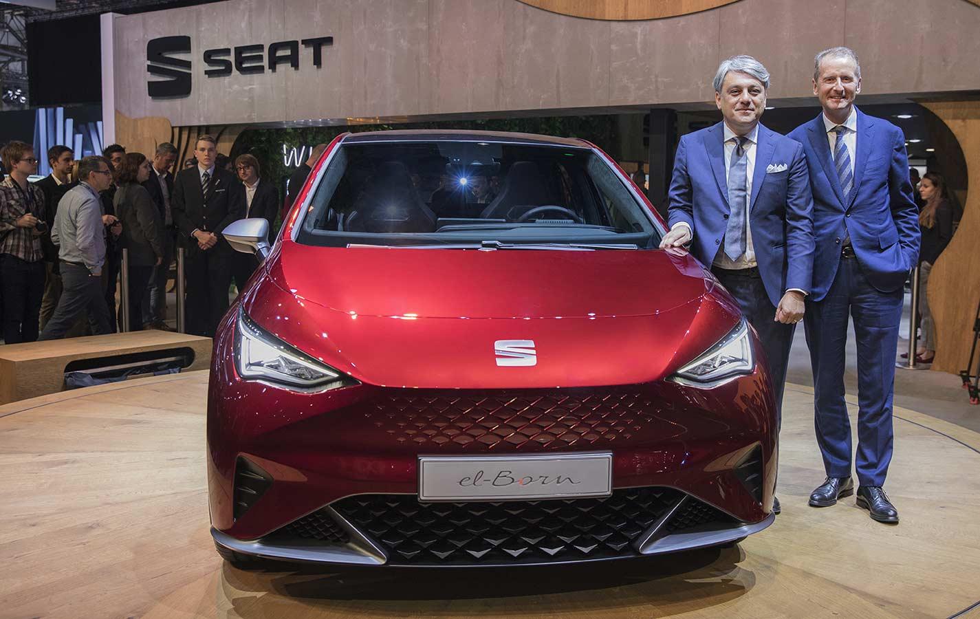 Volkswagen Group CEO, Dr Herbert Diess and SEAT CEO, Luca de Meo with SEAT-el-Born-Geneva-2019