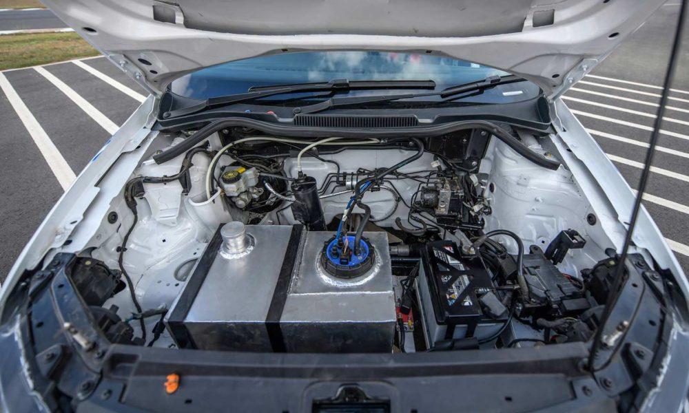 Volkswagen-Motorsport-Polo-RX-2019-front-hood