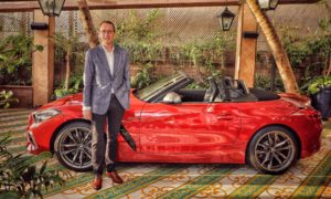 2019-BMW-Z4-with-Hans-Christian-Baertels,-President-(act.),-BMW-Group-India