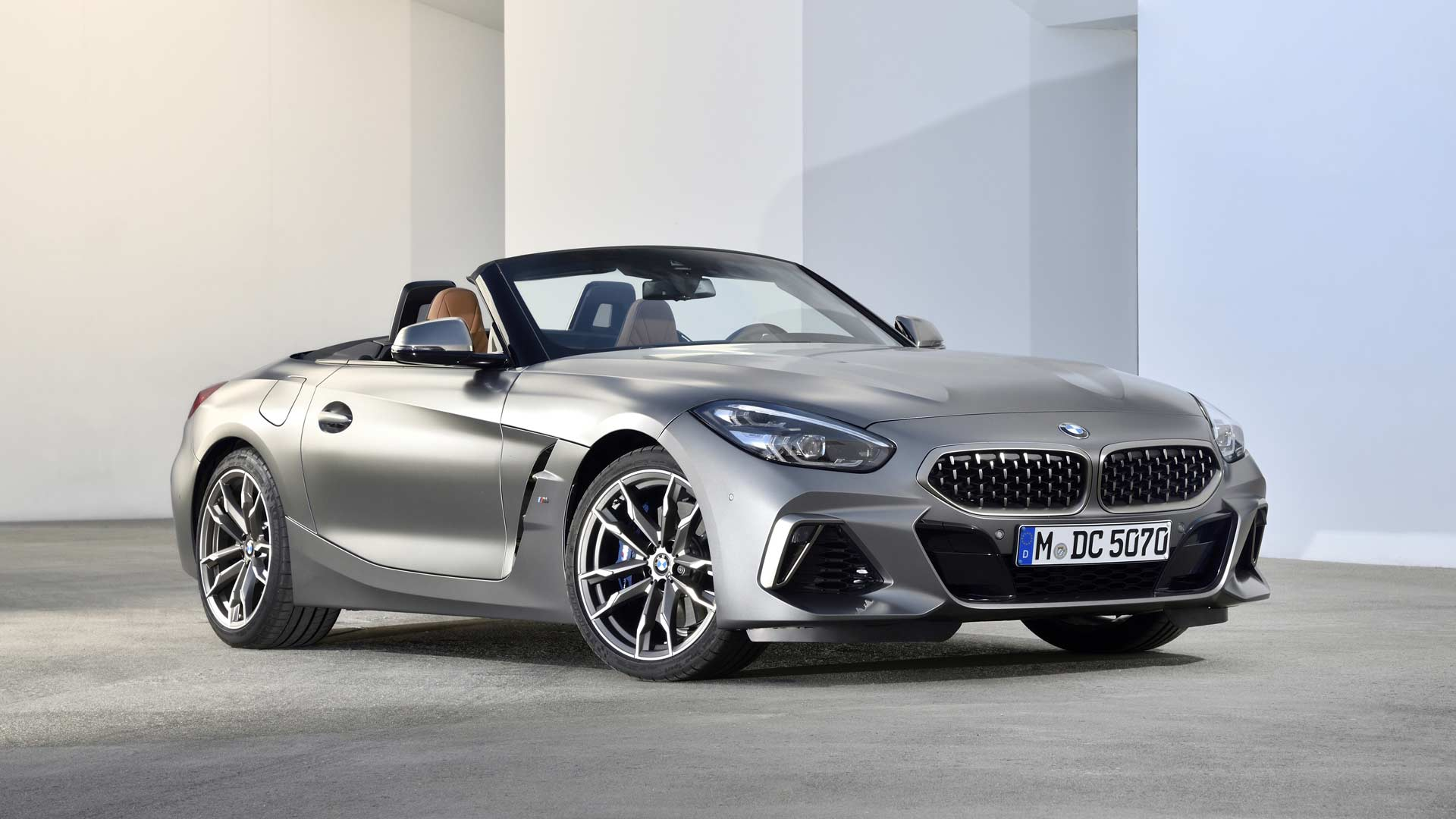 New Bmw Z4 Launched In India At Rs 64 90 Lakh Autodevot