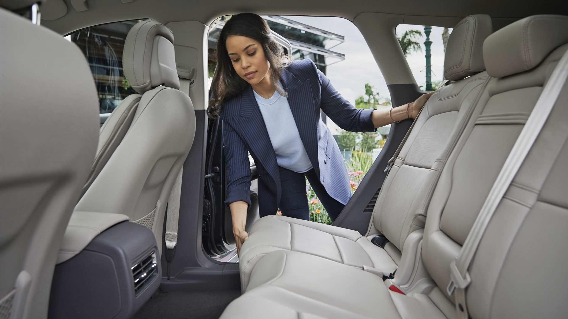 2020 Lincoln Corsair Navigates Into Compact Luxury Segment