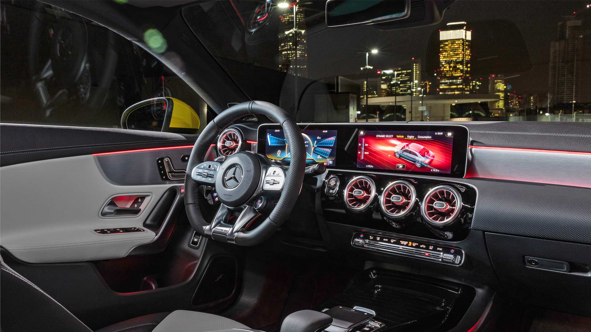2020-Mercedes-AMG-CLA-35-4Matic-Interior_2