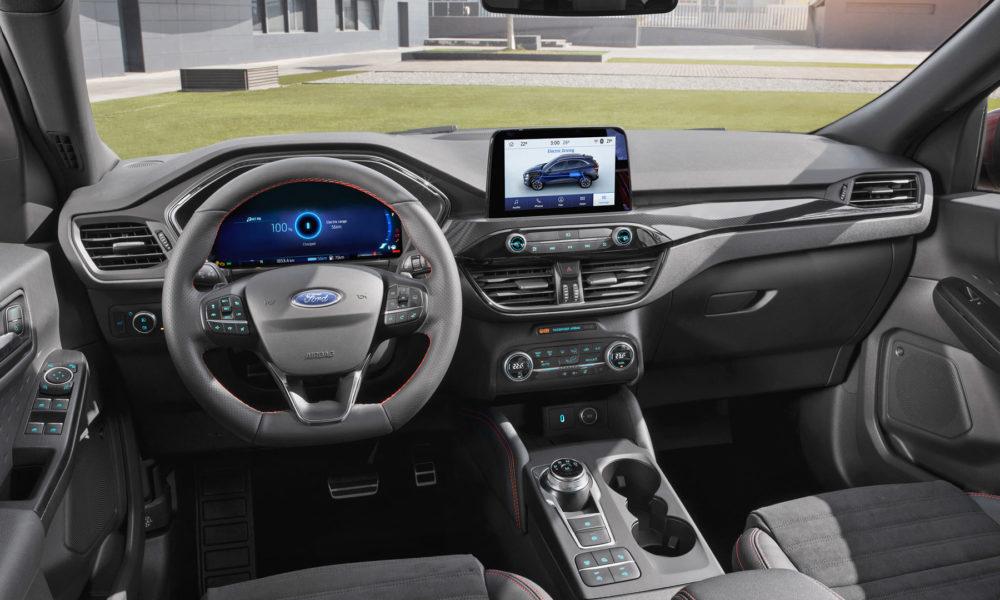 ford kuga debuts   plug  hybrid variant autodevot