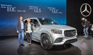 3rd-generation-2020-Mercedes-Benz-GLS-Interior-NYIAS-2019