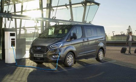 Tourneo-Custom-Plug-In-Hybrid