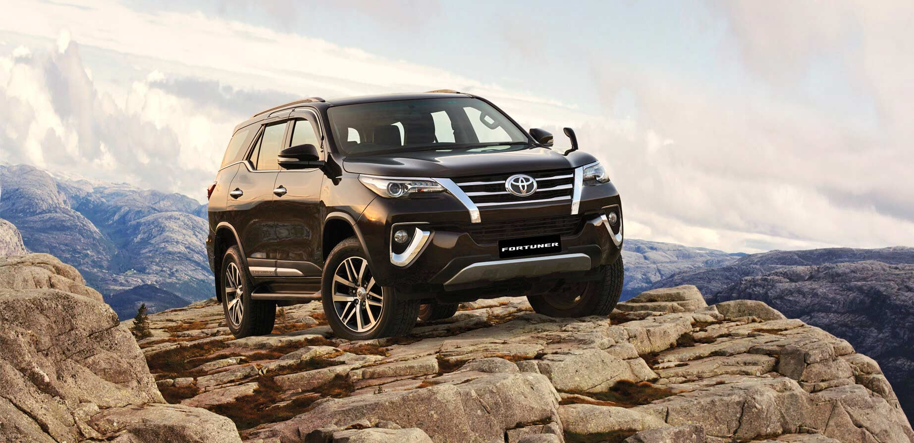 toyota innova crysta and fortuner get minor feature updates