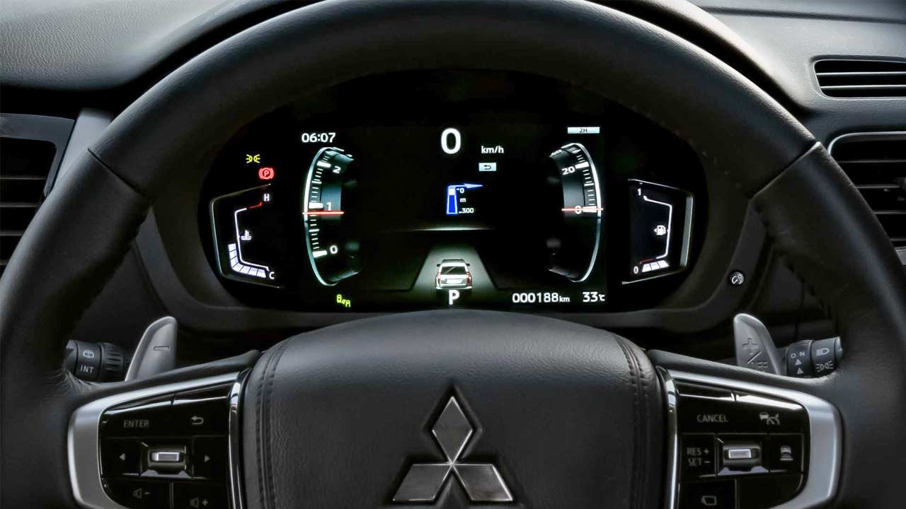 Mitsubishi Pajero Sport gets updated with fresh face and interiors