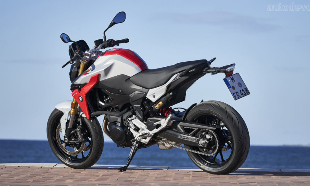 BMW F 900 R & F 900 XR Launch In India From Rs. 9.90 Lakh