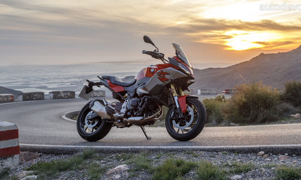 BMW F 900 R & F 900 XR Launched In India: Prices Start At